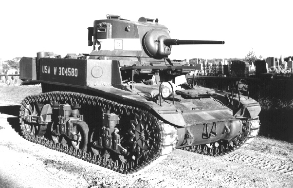 Light Tank by Cemetery_MIL6.jpg (109637 bytes)